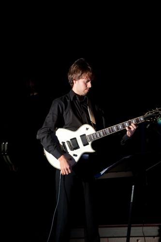 Extending2011_Magnus_Gitarr